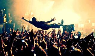 stage-diving""