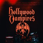 2.Hollywood Vampires